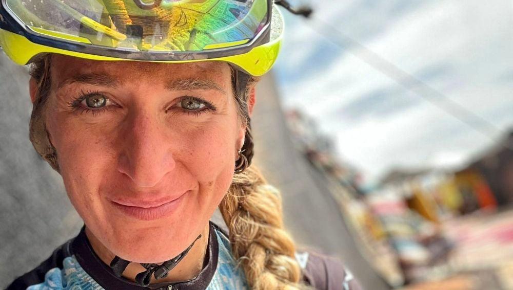 Ariadna Ródenas llega a la última etapa de la Titan Desert con el maillot de líder.